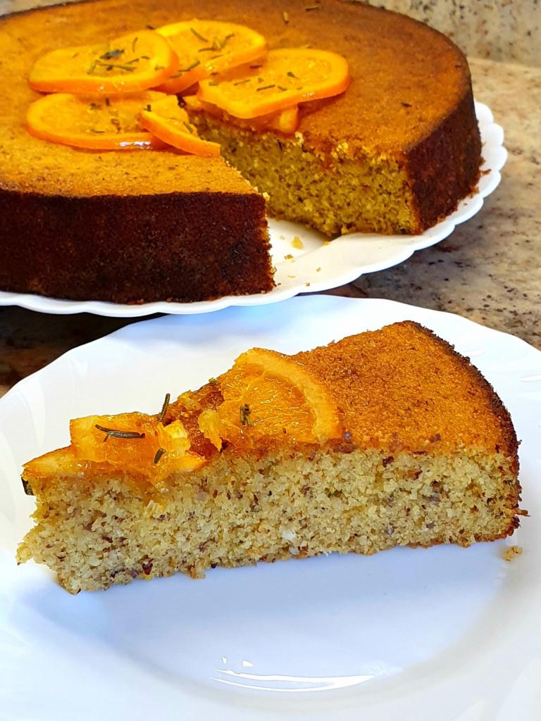 Orangen-Haselnußkuchen